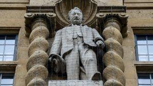 Основатель De Beers был колонизатором и эксплуататором
